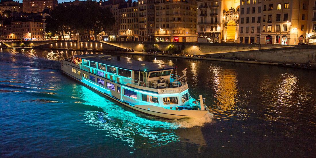 Lyon city boat - Lieu partenaire de Vinextenso - Vin et évènements